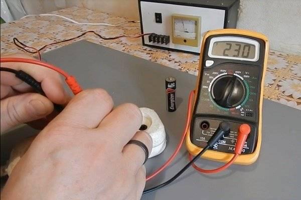 Как проверить напряжение мультиметром: инструкция по использованию прибора