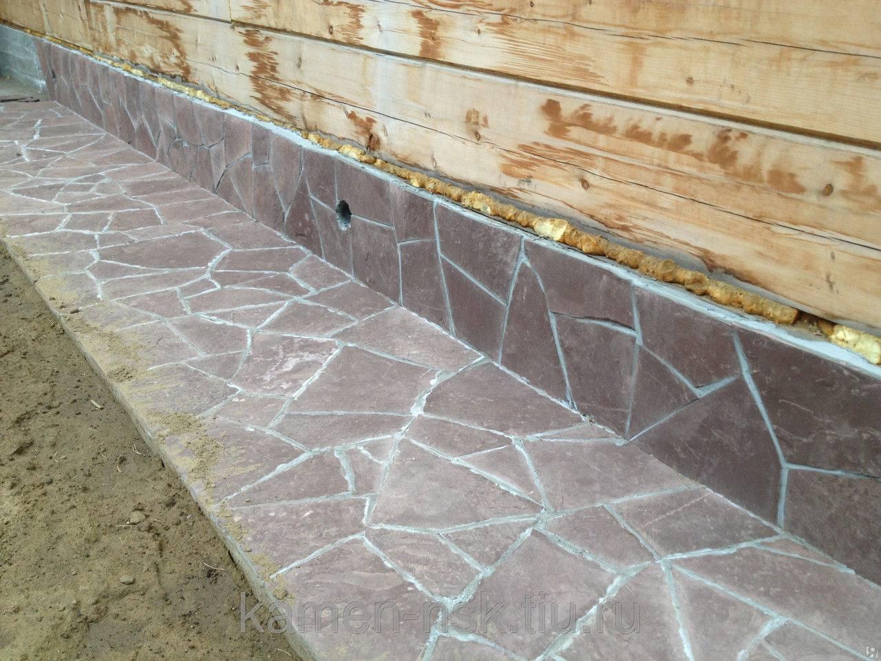 Как сделать облицовку вокруг цоколя частного дома под камень своими руками из цемента и других материалов?