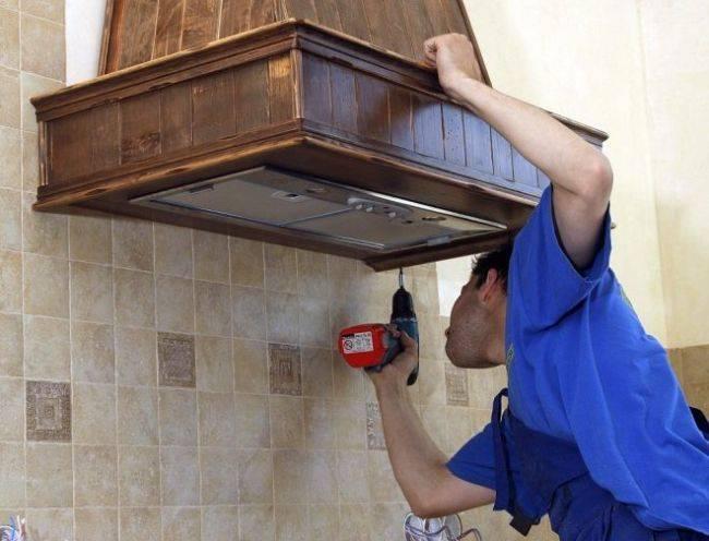 Установка вытяжки на кухне (81 фото): как установить и подключить к вентиляции кухонную вытяжку своими руками