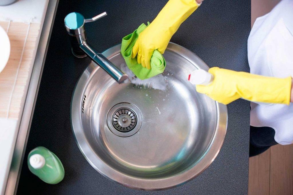 Что делать, если засорилась раковина на кухне