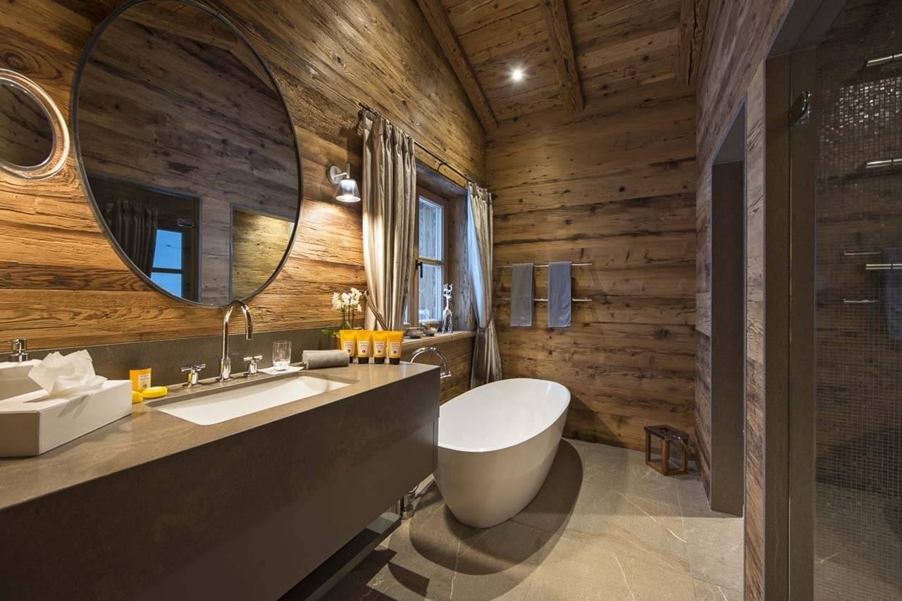 Пол в ванной в деревянном доме: как сделать и какие материалы выбрать?