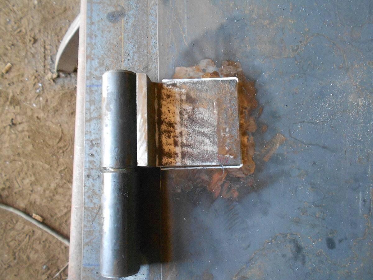 Как правильно приварить петли на калитку