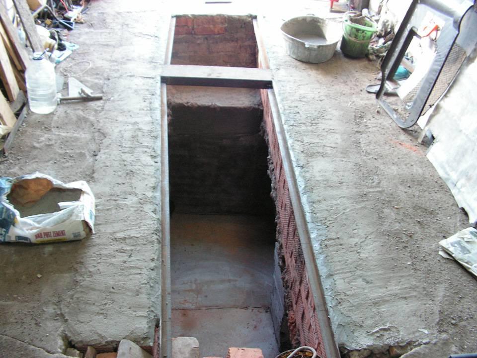 Смотровая яма в гараже – как сделать удобно и функционально?