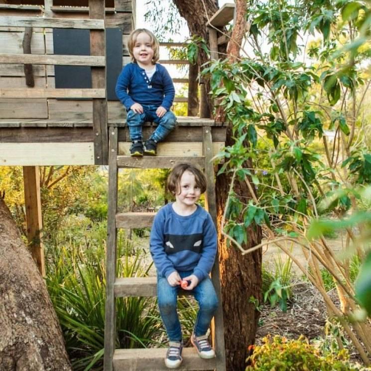 Деревянный детский игровой домик своими руками: как построить самому