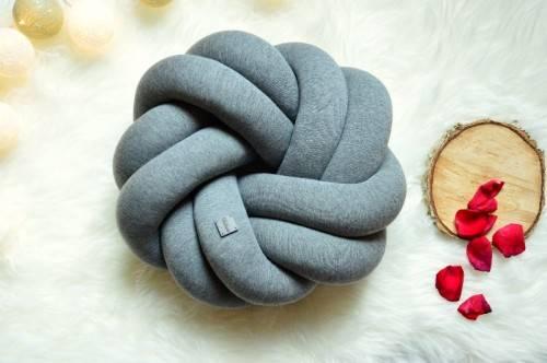 Подушка-узел своими руками – схема плетения декоративной подушки
