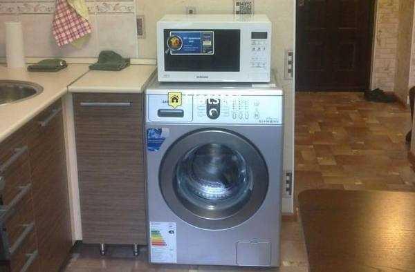 Избавляемся от затхлого запаха в стиральной машине