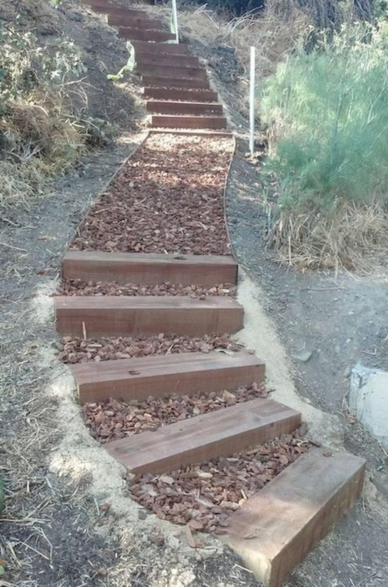 Как сделать ступеньки на садовом участке - строй-хауз