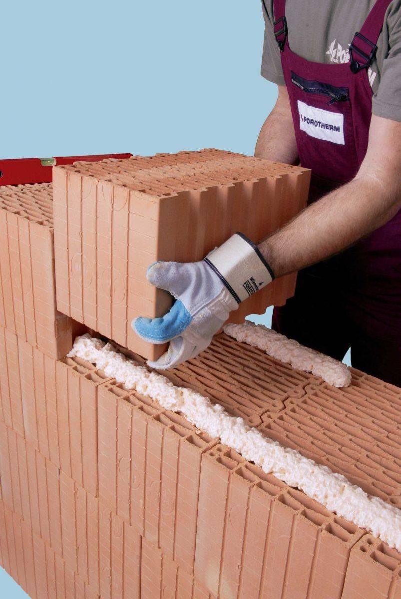 Шесть способов построить дом из кирпича