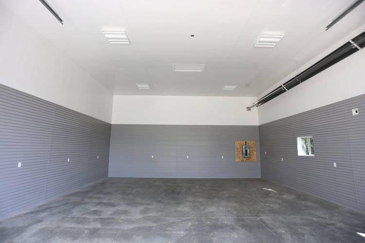 Отделка гаража внутри своими руками: фото, как обшить стены изнутри, какие материалы подойдут для внутренней обшивки