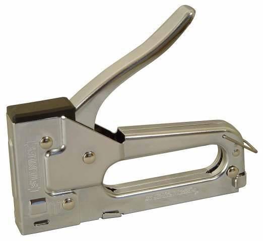 Строительный степлер: выбираем и правильно работаем с устройством