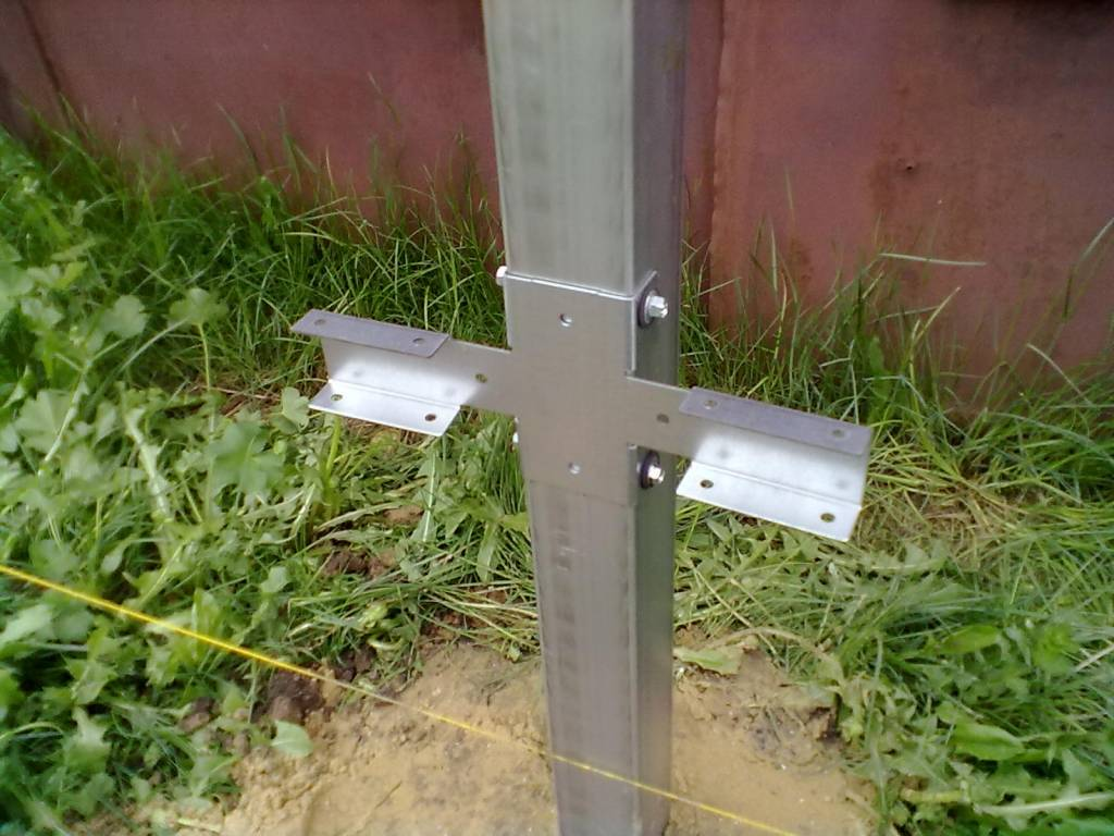 Самостоятельное изготовление заборных креплений без приваривания