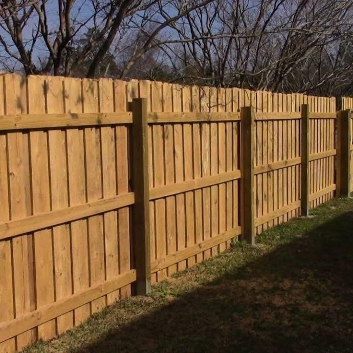 Забор плетёный из досок своими руками. пошаговая инструкция.
