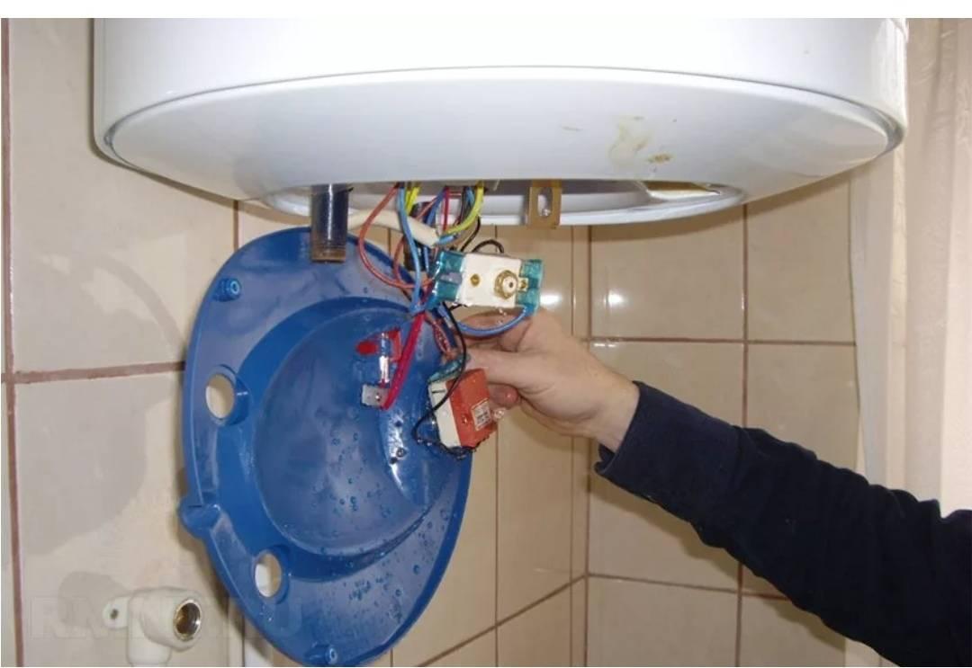 Почему из водонагревателя плохо течет или не идет горячая вода