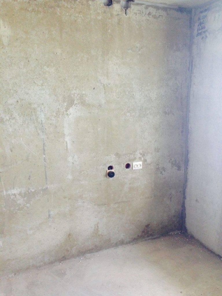 Перенос розетки: как самому правильно перенести силовой прибор ниже или в другое место, а также ошибки штробления своими руками в квартире панельного дома