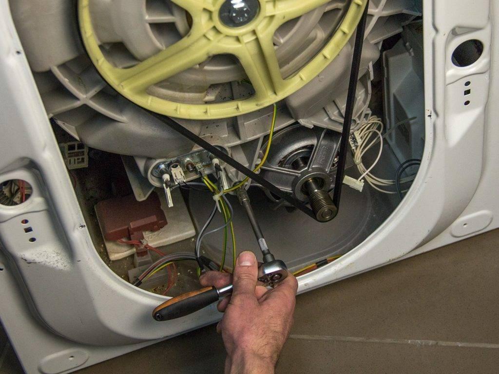 Причины, почему не крутится барабан в стиральной машине и что делать