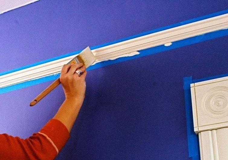 Как покрасить пенопластовый плинтус - выбор краски и пошаговая инструкция!