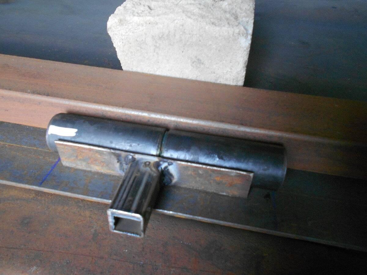 Как приварить петли на ворота или металлическую дверь