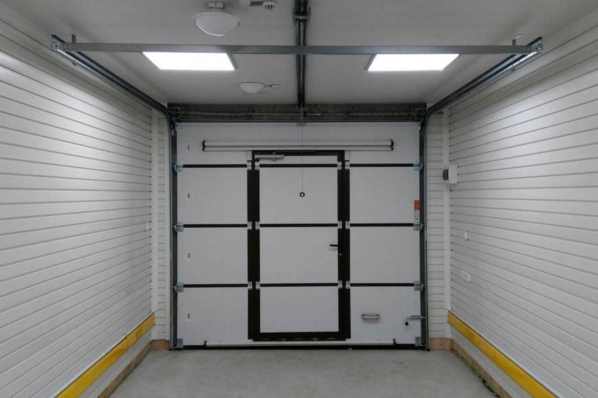 Как выполняется отделка гаража внутри своими руками: фото и подбор материалов