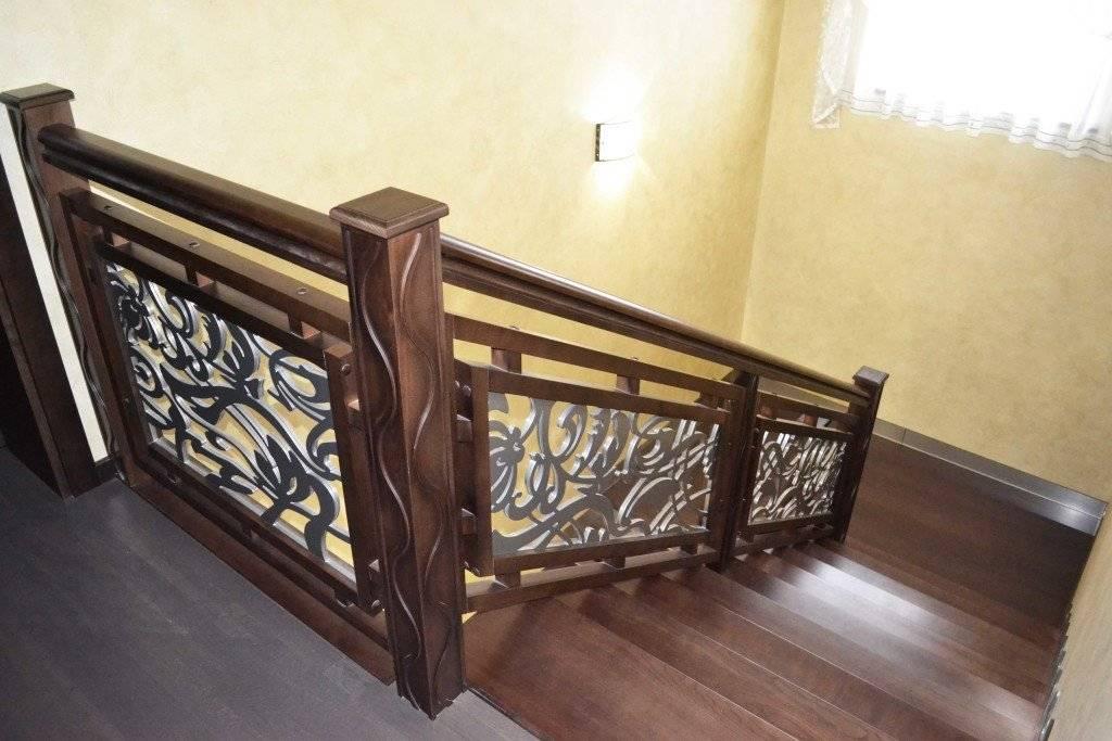 Ограждения лестниц из стекла: виды дизайна и способы крепления