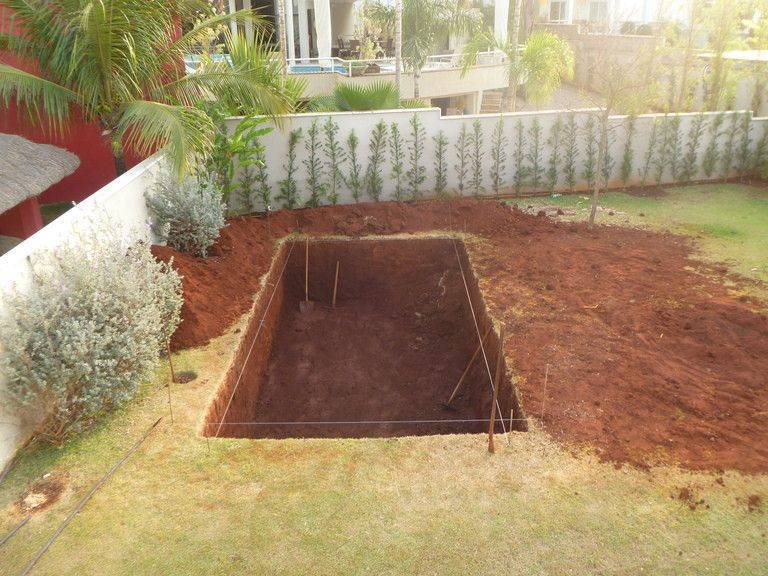 Бассейн для дачи: возможные варианты, выбор места, необходимые материалы, технология строительства