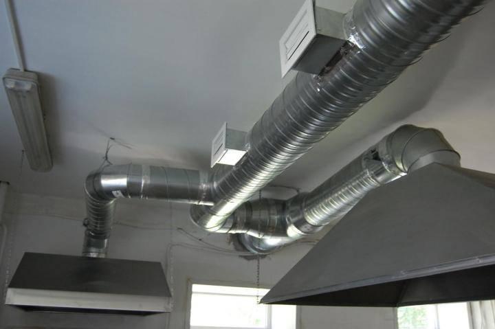 Вентиляция в квартире своими руками: правила и секреты строительства