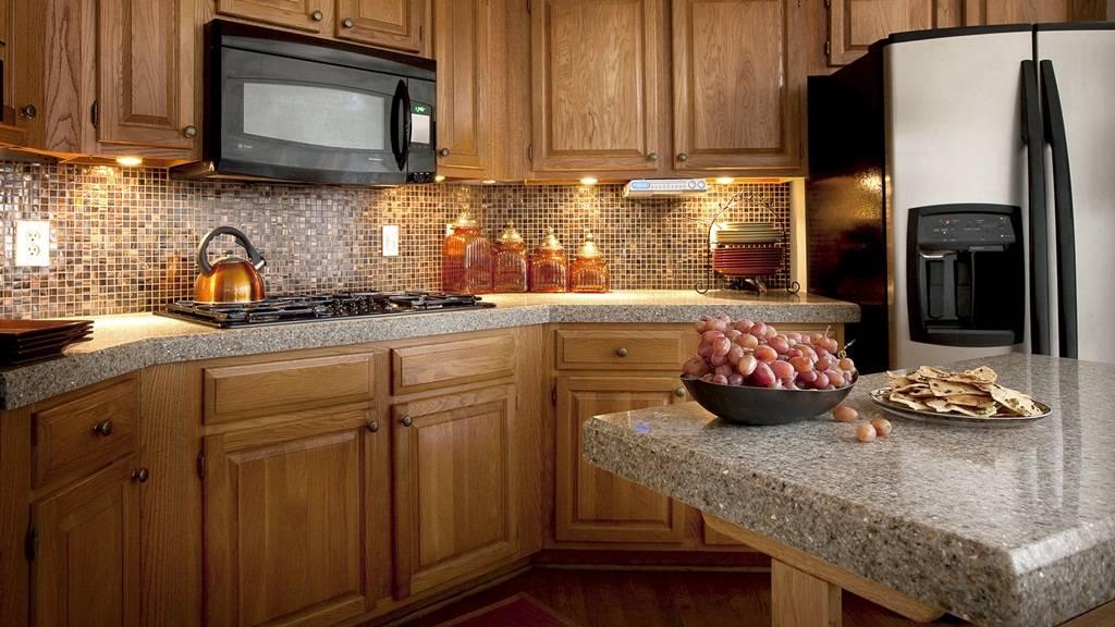 """Современная """"обожженная"""" столешница - простой способ сделать кухню более стильной"""
