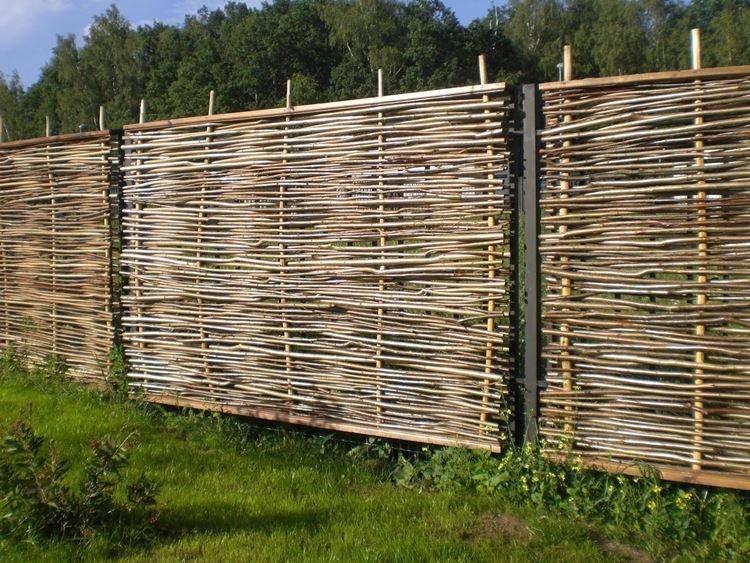 Как сделать плетеный забор из досок своими руками: фото и видео