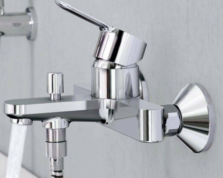 Напольные смесители для ванны — особенности конструкций, виды и дизайн