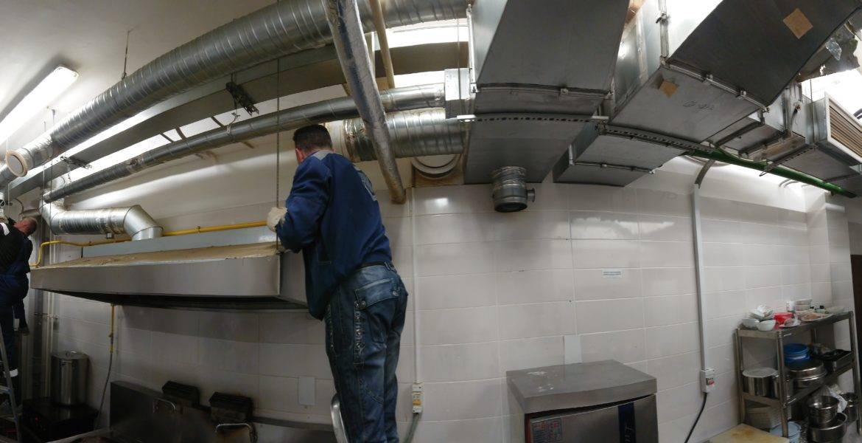 Как проводится чистка вентиляции на предприятиях