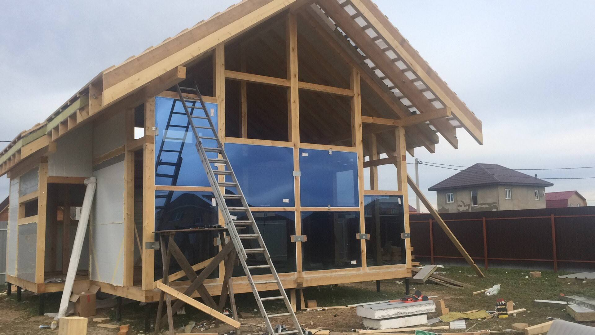 Дачный домик своими руками: красивые проекты (+фото)