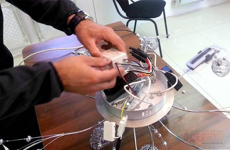 Китайская потолочная люстра с пультом дистанционного управления: схема подключения для разных типов люстр, ремонт своими руками