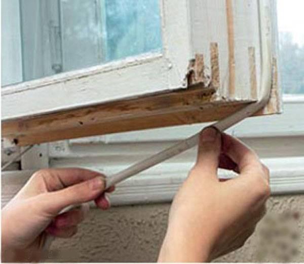 Как утеплить пластиковые окна своими руками?