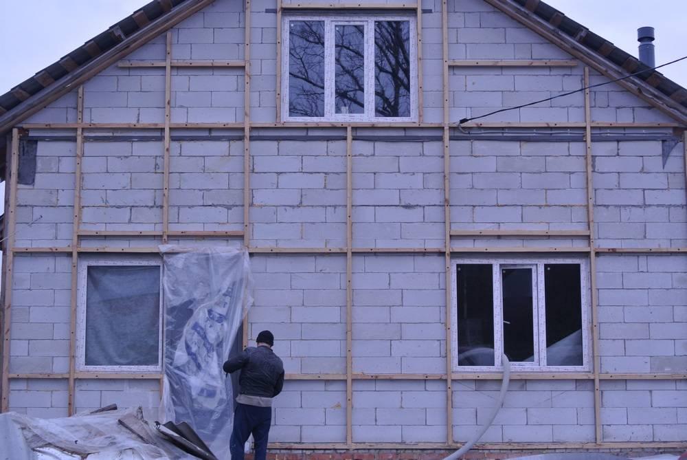 Утепление дома под сайдинг: используемые материалы и этапы работ