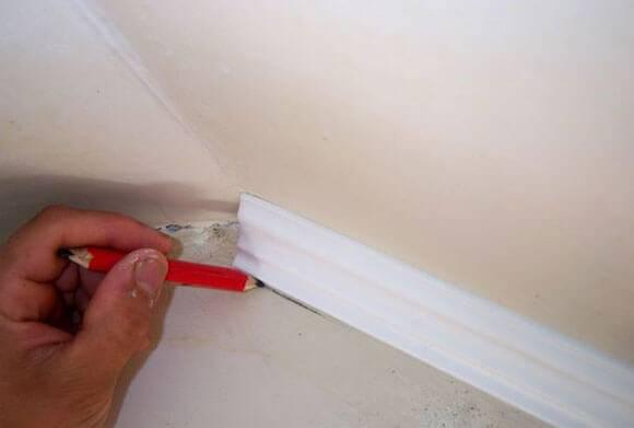 Вставка для натяжных потолков: виды, что лучше, декоративный потолочный шнур, плинтус или стеновая вставка, пристенный уголок, резинка пвх