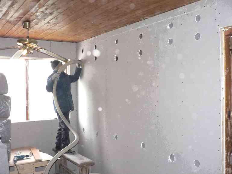 Как делается утепление стен угловой квартиры в панельном доме изнутри