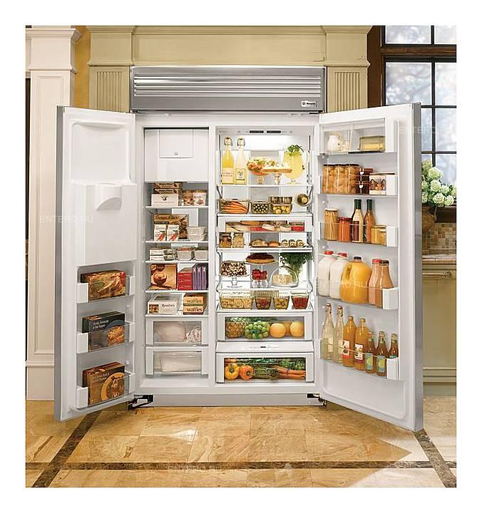 Двухдверный холодильник с морозильной камерой