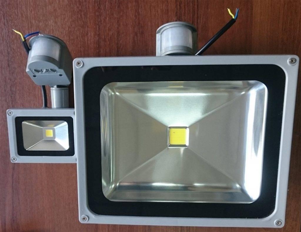 Принцип работы датчика движения для освещения и включения света - инфракрасные, микроволновые и другие
