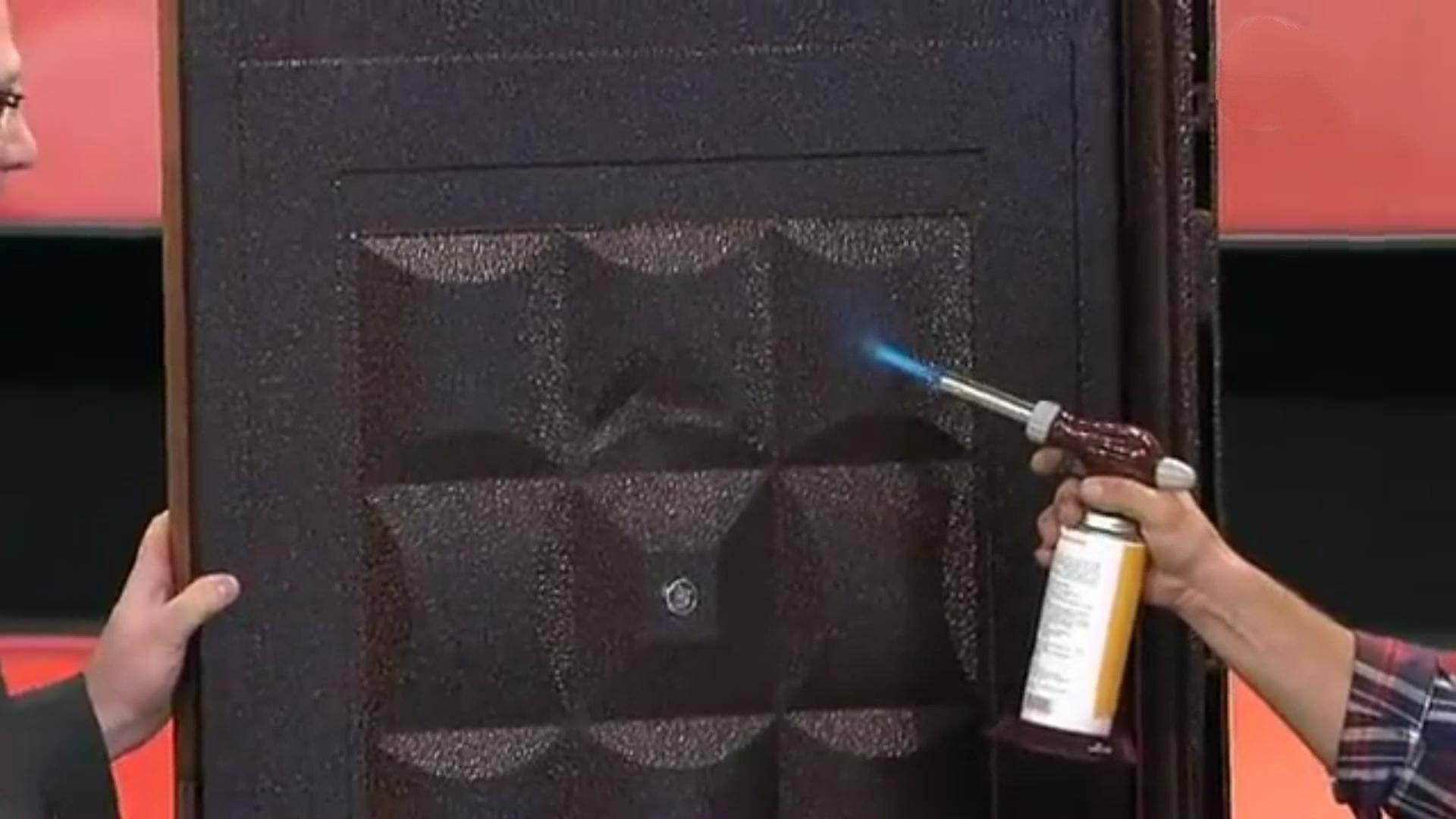 Покраска деревянных дверей: как и чем красить в домашних условиях