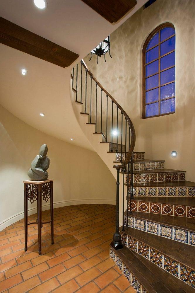 Что лучше, бетонная, деревянная или металлическая лестница