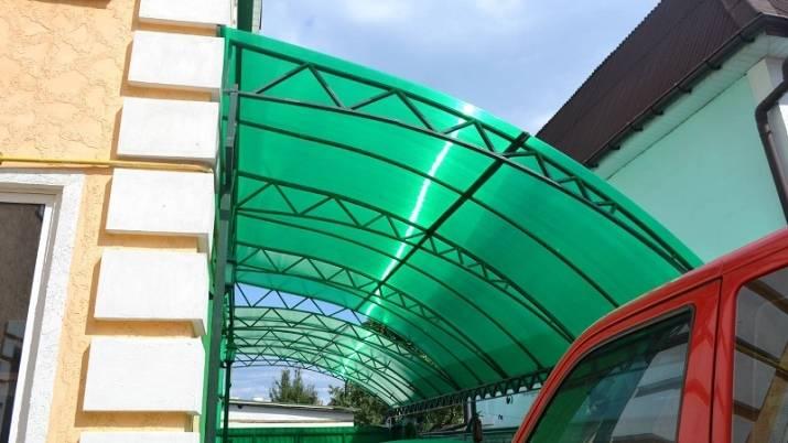 Навесы из поликарбоната для дачи