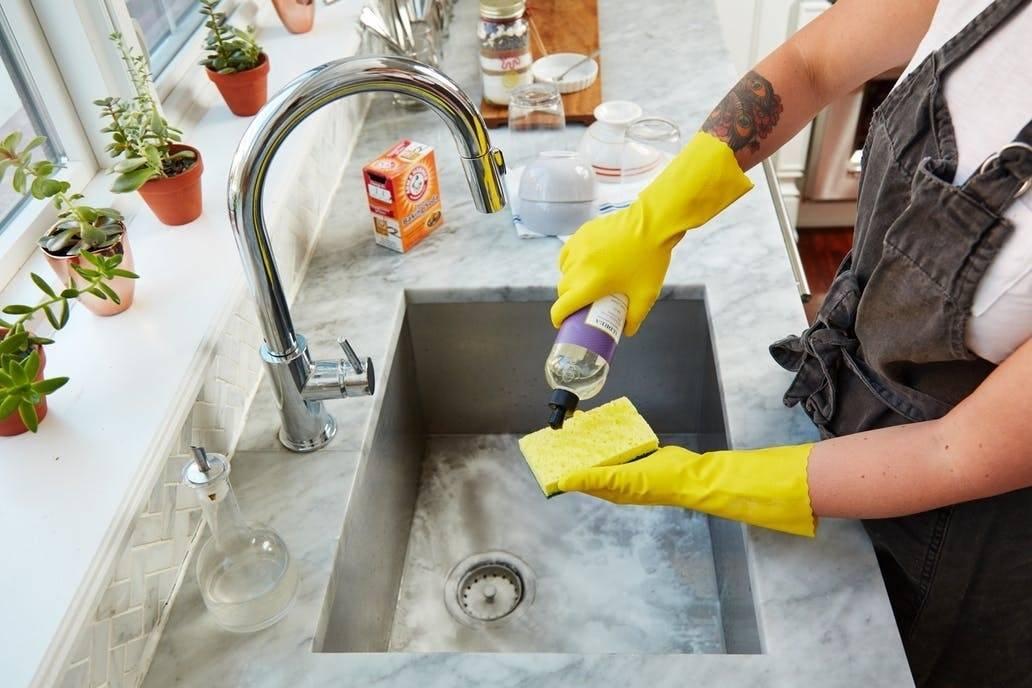 Устраняем засор на кухне: как прочистить раковину своими силами