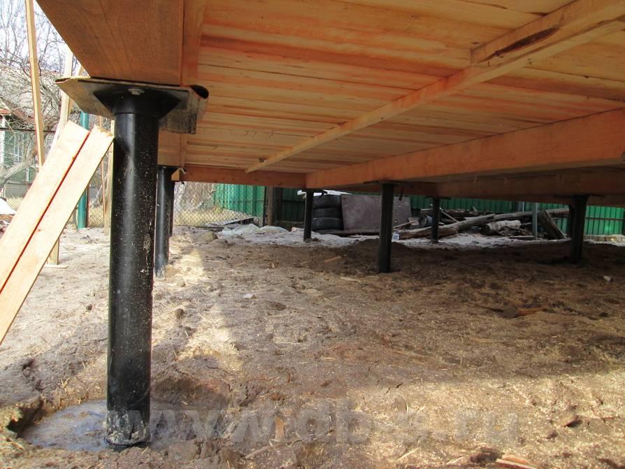 Замена фундамента на винтовые сваи: плюсы и минусы, этапы работ и цена смены старого столбчатого и ленточного основания на свайное