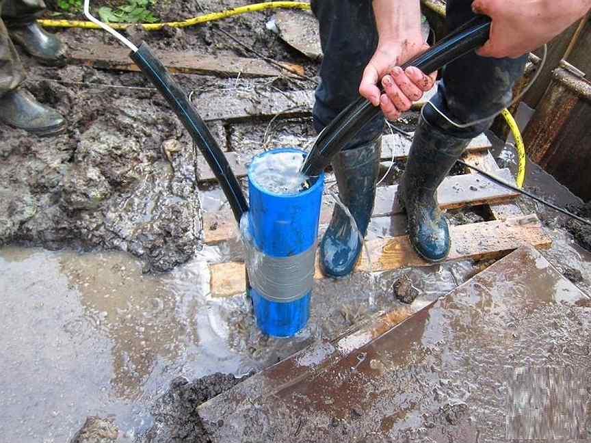 Очистка скважины от ила и песка — проверенные способы с инструкциями