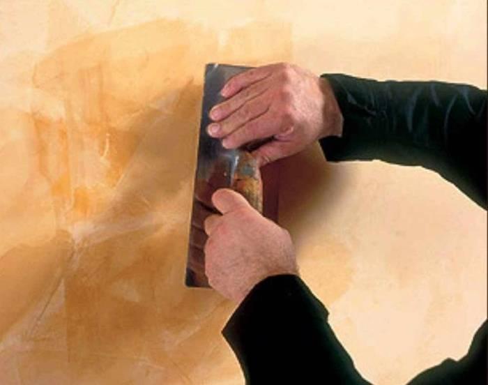 Подготовка стен под декоративную штукатурку.