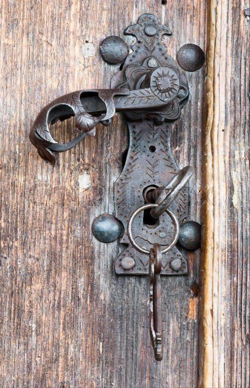 Самодельный замок на дверь - всё о воротах и заборе