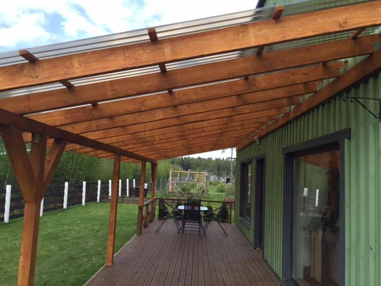 Односкатные навесы из дерева: плоские деревянные навесы, примкнутые к дому и другие с односкатной крышей, строительство своими руками по чертежам