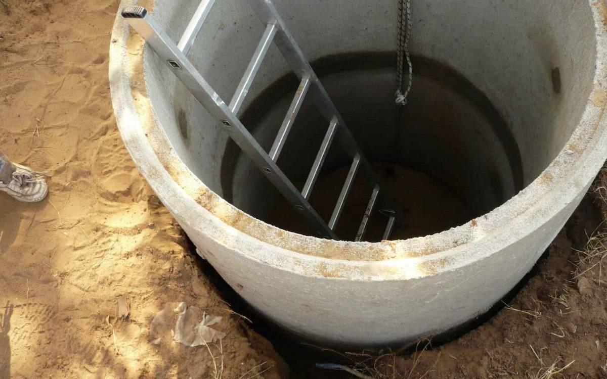 Что делать, если заилилась выгребная яма - способы очистки от ила