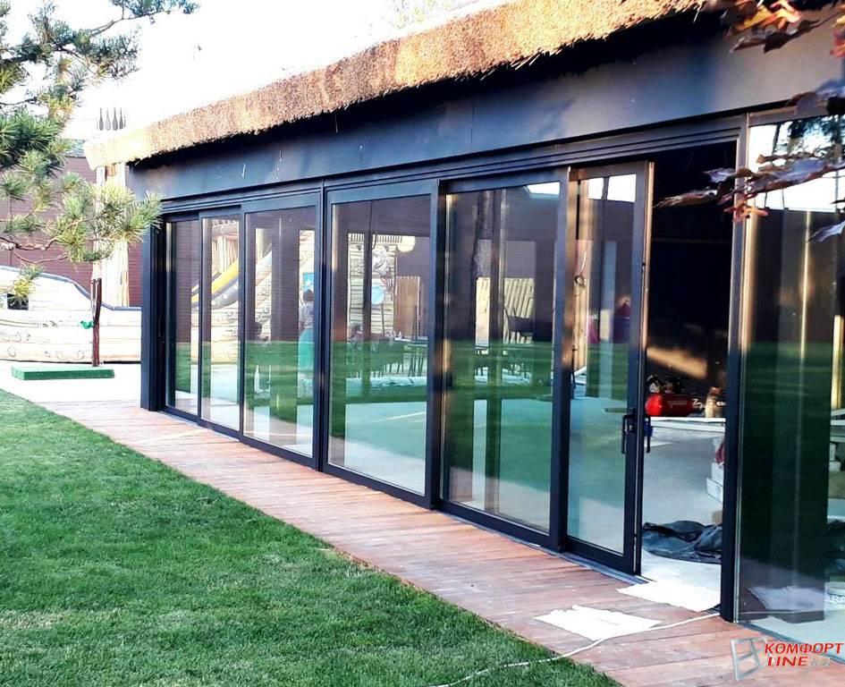 Раздвижные окна для веранды: преимущества и недостатки