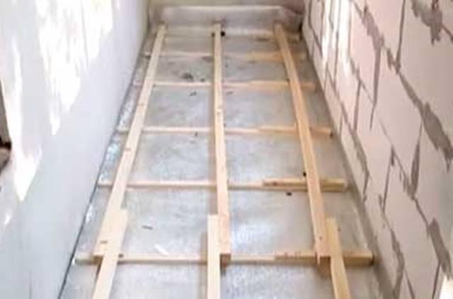 Делаем пол на балконе на примере деревянного пола с утеплением