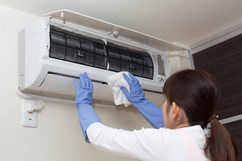 Не охлаждает кондиционер в квартире, а дует тёплым воздухом - 20 причин почему | рембыттех